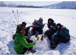 【北海道・ニセコ】貸切スノーハイクツアー<グループ(5〜6名)プラン>写真データ付きの画像