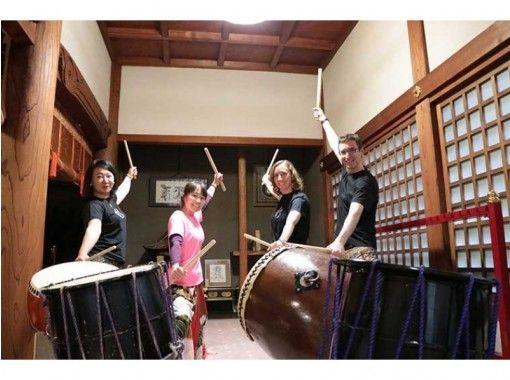 【東京・調布】歴史あるお寺の境内で、 和太鼓体験(2〜10人)