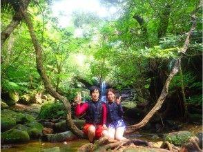 【沖縄・西表島】【半日2ツアー!】選べるクーラの滝カヌーorSUP&バラス島シュノーケリングの画像