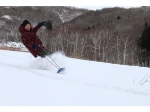 [กุมน้ำ Sarugakyo น้ำพุร้อน] หิมะเล่นเต็ม! Snowshoe & Sunotoi (Yukiban) แผนประสบการณ์