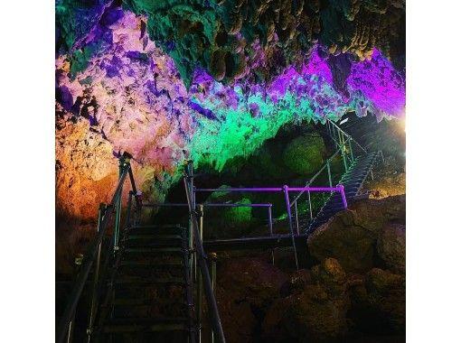 【沖縄・うるま市】気軽に楽しめる神秘の鍾乳洞!CAVE OKINAWA