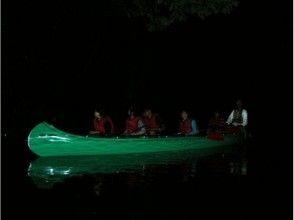 [長野/大町市]螢火蟲對青木湖和青木湖星空(夜晚)湖面漫步/青木湖星空(夜晚)湖面漫步繁星點點的天空升空3年〜可以參加