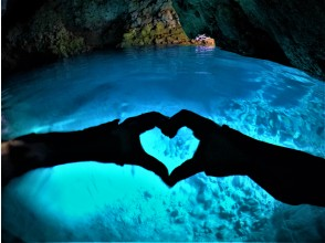 【Okinawa · The Blue Cave】 Private snorkeling tour for families ★ 5-Star rated store ★ Get photos & videos on the spot ♪