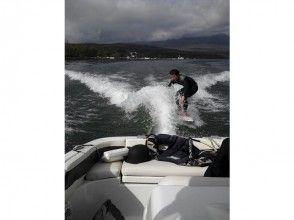 【山梨・山中湖】ウェイクサーフィン体験
