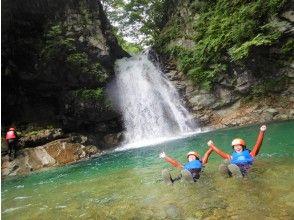 [Tochigi / Nasu] shower Climbing adventure course 3.5 hours in the river in summer!