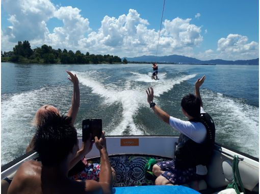 [Shiga ·Biwa lake· Wakeboarding For experienced users! Free towing (10 minutes x 2 sets)の紹介画像
