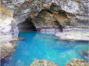 "[Okinawa ・ Ishigaki island] ④Regional common coupon OK! [half-day] Overlooking the hottest unexplored region ""Blue Cave"" half-day Snorkeling Tour [free photo data]"
