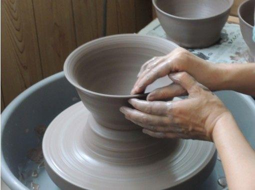 【群馬・桐生】本格的なロクロ体験をしてみよう「陶芸体験」オリジナルの器作り!