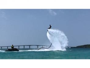【沖縄・宮古島】マリンスポーツ各種で1日遊び放題+フライボードセットプラン(ランチ付き)カップル・グループにおススメ!