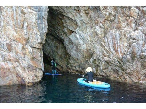 [鳥取/ Uratomi海岸] SUP體驗★有經驗的人的路線您可以在擁有許多山洞的海岸享受の紹介画像