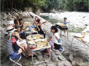 """【 Shiga 】 Transparency BBQ & river play at the river side of the preeminent ball! Kanzaki River Barbecue Area """"Grand Ping Facility Available"""""""