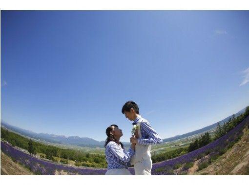 【北海道・旭川】絶景スポットでプロポーズしませんか?プロポーズプロデューサーによる演出!記念撮影付き(旭川・ニセコ・富良野・室蘭)