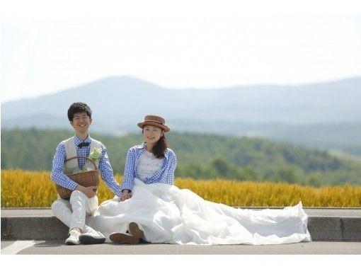 【北海道・富良野】フォトウェディング〜富良野・ニセコ近郊の絶景スポットでウェディング撮影しませんか?