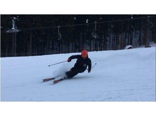 Make fun top priority! business trip Ski & snowboard Cheap private lessons ♪の紹介画像