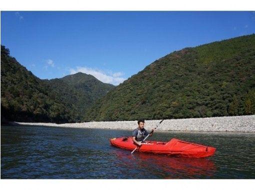 【熊野川・北山川】太古からの巡礼の地を旅しよう!熊野川・北山川カヌーキャンプ ツアー(2泊3日)の紹介画像