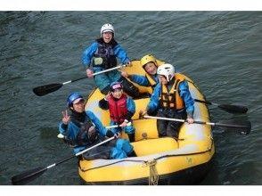 [Hokkaido Tokachigawa] Family Rafting half-day Course (W Rafting ♪)