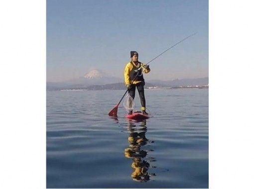 【神奈川・茅ヶ崎】人気急上昇中のSUPフィッシングで大物を釣り上げましょう!
