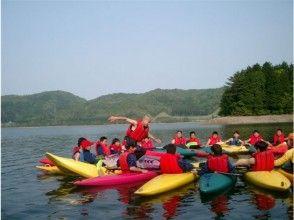 [长野/大町市皮艇]租借在青木湖上悠闲地乘船游览
