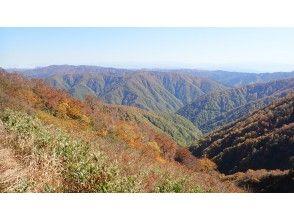 【富山県・南砺】秋は富山県西部の山が素晴らしい!五箇山トレッキングツアー/里山プラン