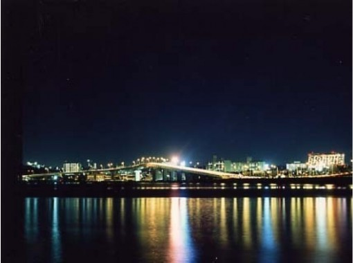 【沖縄・那覇】夕日or夜景のなかで生演奏を聴きながら、優雅なディナークルーズを!
