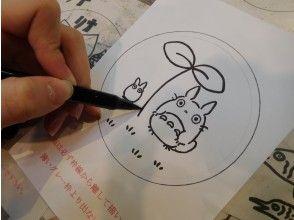 【長野・安曇野市】ガラスのお皿で「サンドブラスト体験」自由にイラストを描ける!