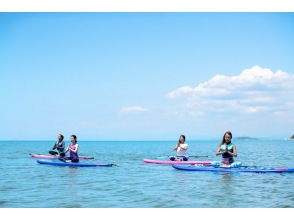 [Shonan ・ Dumpling ・ SUP Yoga 】 Body up on the sea while feeling the wind and waves! Hot topic SUP Yoga