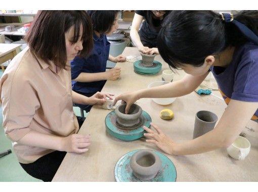 【埼玉県・川口市】陶芸作家集団の工房で、オシャレなお皿orコップ作りの紹介画像