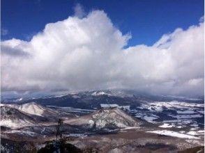 【長野・高峰高原】冬の八ヶ岳・富士山を望む絶景スノーシュー!水ノ塔山スノートレッキング中級者の画像