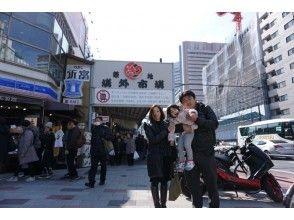 【東京・銀座・築地】築地場外市場食べ歩き&銀座・築地本願寺ぶらり撮影ツアー!