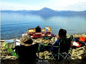 【北海道・支笏湖】Soto Cafeカヌーツアー(2.5時間)穏やかな支笏湖のほとりでホッと一息♪