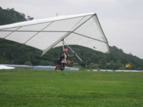 [Hang glider] towing floating experience course [flight experience] image of