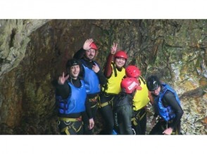 ◇ Free photo gift ♪ Canyoning tour! !! Fox course 20m waterfall!