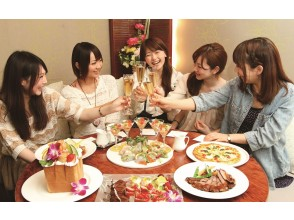 【東京・上野】リムジンパーティ!東京観光ドライブ&スイーツ食べ放題&フルコースの食事&最新カラオケ付