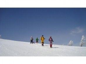 【長野・浅間山】アルプス、八ヶ岳、富士山を望む雲上の大パノラマ!高峰温泉周遊スノーシュートレッキングの画像