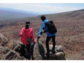 [Nagano/ Asama] 200 Japanese mountains! A stunning mountain walk! Trekking at the summit of Asama Kageyama (intermediate) with a secure guide