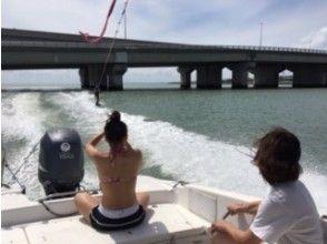 【沖縄・糸満】仲間だけでのんびり♪ ウェイクボード!ボートチャーターコース