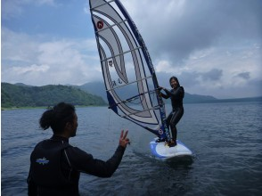 【山梨/本栖湖/富士五湖】風になろう!!ウィンドサーフィンスクール!