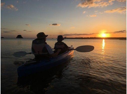 サンセット&マングローブカヌー体験(約1時間)