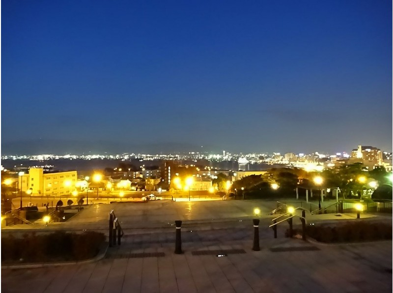 【北海道・函館】幻想に包まれる夕暮れ。ロマンチック元町街歩きツアーの紹介画像