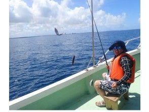 【グルクン釣り】初心者・お子様歓迎!伊良部島の海で沖縄県の県魚グルクンを釣ろう!ツアー写真付き!