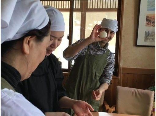 【新潟・十日町】魚沼コシヒカリのおにぎりと風呂敷包み体験