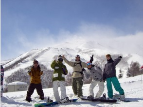 [half-day ・ Snowboard lessons】 Beginner course 【 Rental None]