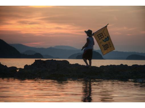 【長崎・西海市】1番人気の無人島冒険コース!ゆっくり出発のレイト宿泊プラン(テント&調理器具付)