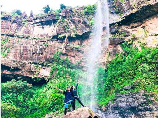 [沖縄繩西表島]半日上午課程Pinaisara Falls獨木舟和徒步旅行の紹介画像