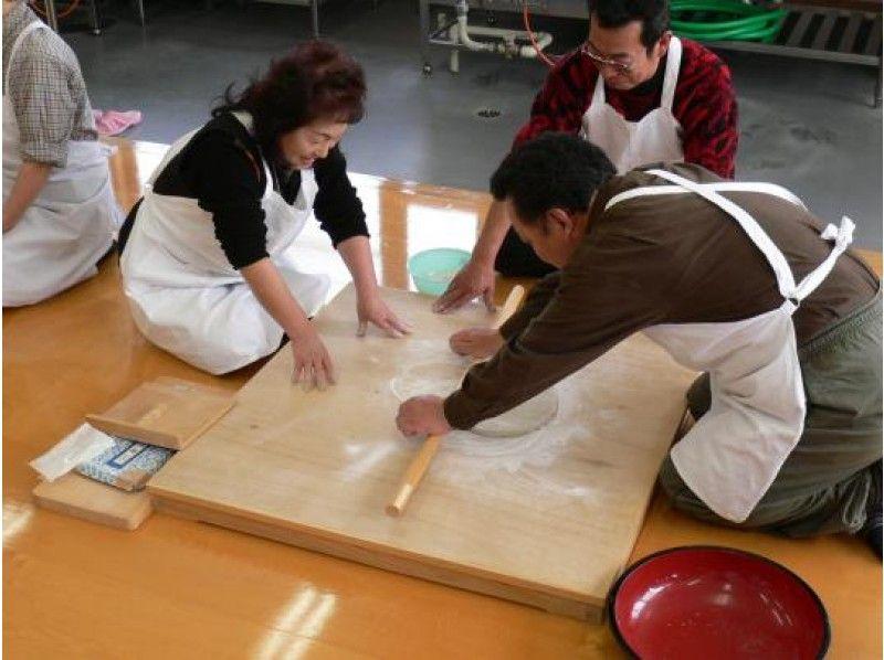 "[Yamagata / Mogami] [GoTo area common coupon target] Beautiful countryside scenery Experience making soba noodles at Furusatomiraikan surrounded by ""Yogamura Tanada""! Souvenir giftの紹介画像"