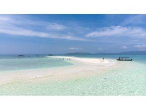 [Ishigaki Island / 1st] ⑭ Conquer the phantom island and the blue cave! Ishigaki Island Perfect Snorkeling Pack [Photo data free]