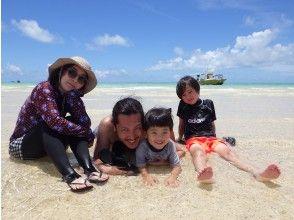 """[冲绳石垣岛]儿童和初学者也可以享受!最受欢迎的""""体验钓鱼和幻影岛和浮潜""""一日游"""