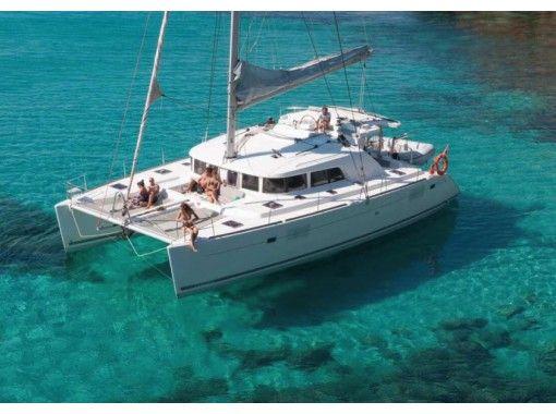 【沖縄本島】デイチャーター(8時間)ヨット&クルーザー・チャーターで、沖縄の海を満喫ひとりじめ!