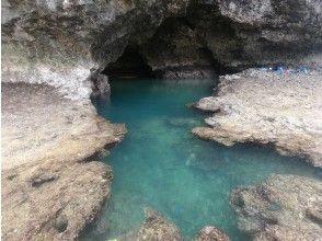 沖縄県民特別価格!!石垣島の神秘的な青の洞窟に行くシーカヤックツアー!