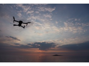 [Okinawa Miyakojima] Aerial view of drone! Shoot Churaumi from an angle that you can't usually see! Recommended for wedding photos!